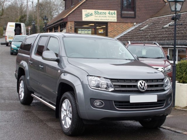 used VW Amarok 2.0 TDi Highline Auto 4MOTION Doublecab - WITH HARDTOP in surrey-sussex