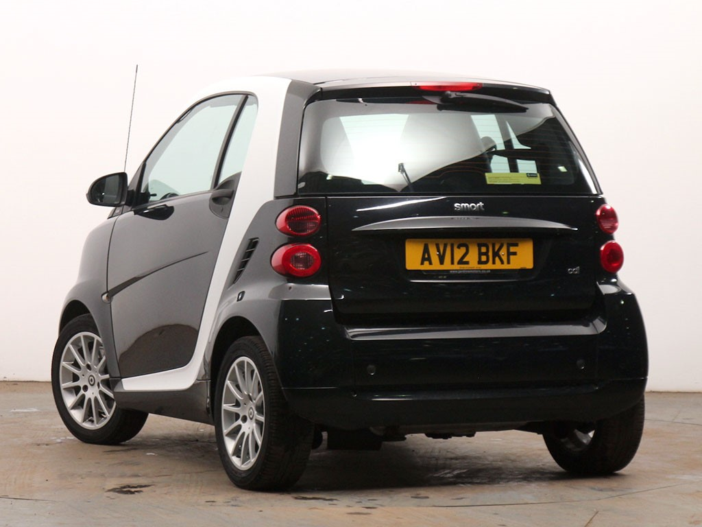 smart fortwo in lincoln lincolnshire compucars. Black Bedroom Furniture Sets. Home Design Ideas