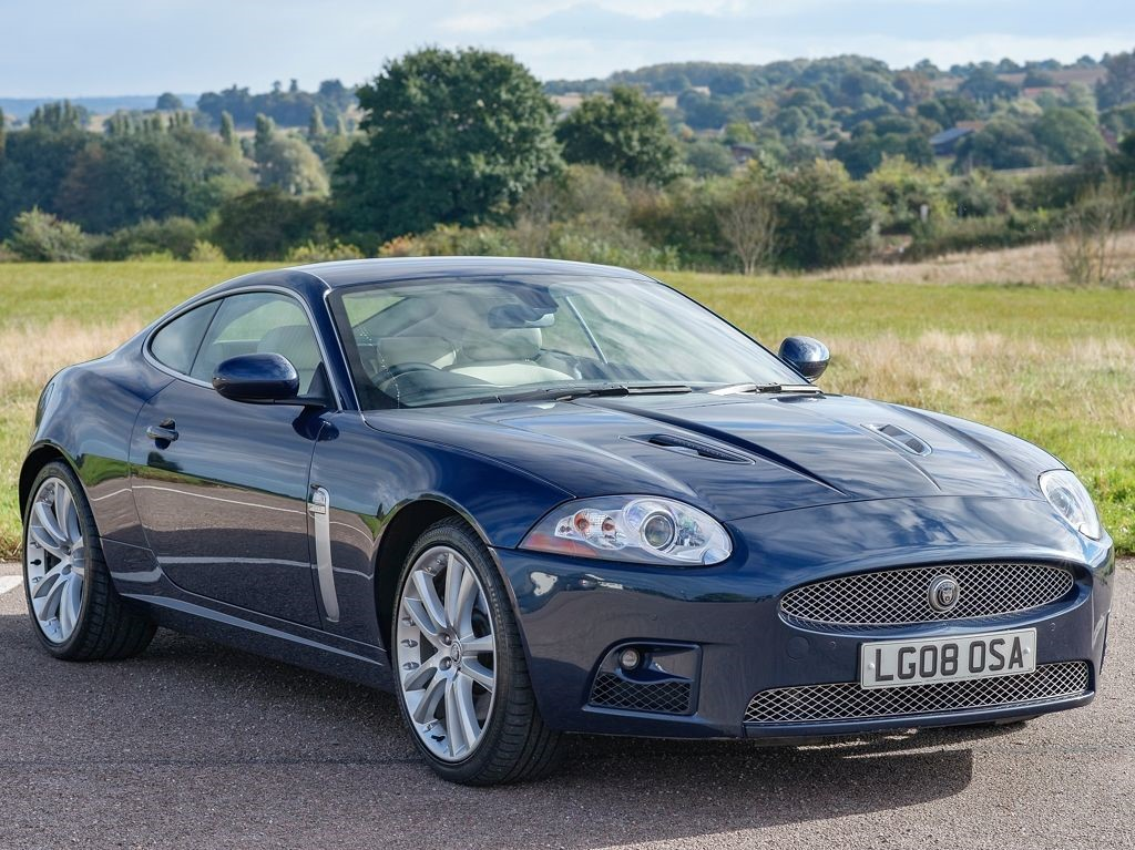 jaguar xkr in bures suffolk compucars. Black Bedroom Furniture Sets. Home Design Ideas