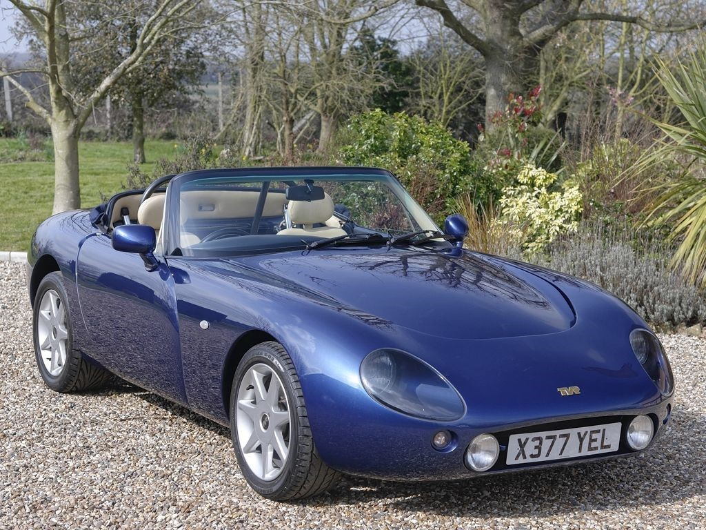tvr griffith in bures suffolk compucars. Black Bedroom Furniture Sets. Home Design Ideas