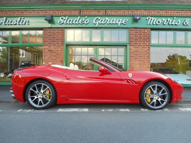 used Ferrari California DCT 6900 Miles Only 3 Year Ferrari Warranty in penn-buckinghamshire