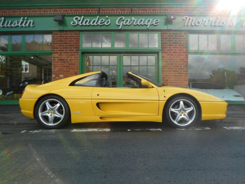 used Ferrari F355 GTS RHD Manual in penn-buckinghamshire
