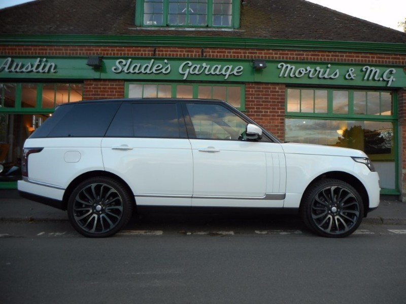 used Land Rover Range Rover SDV8 VOGUE SE in penn-buckinghamshire