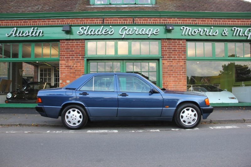 used Mercedes 190 E Automatic Air con in penn-buckinghamshire