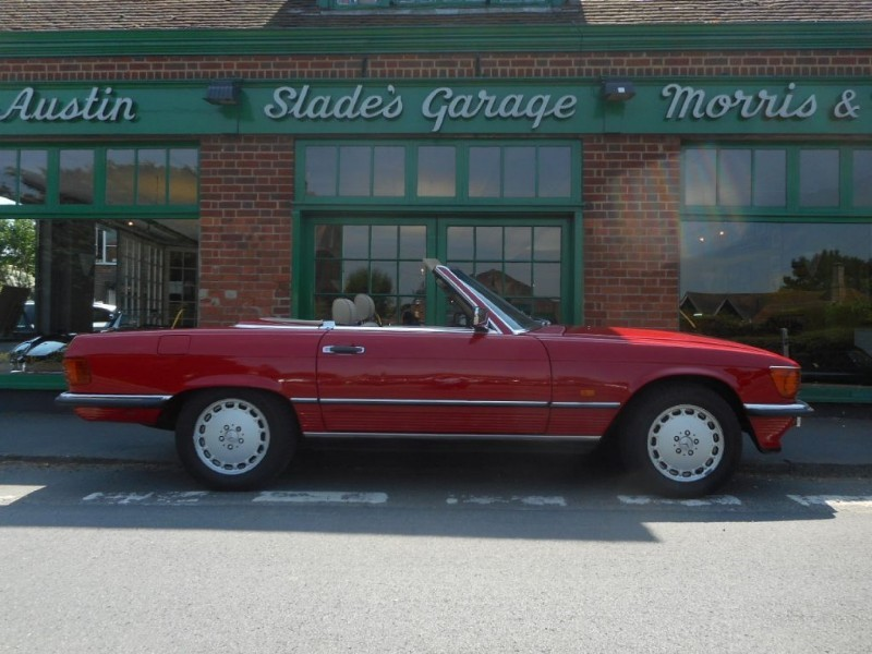 used Mercedes 420 SL RHD in penn-buckinghamshire