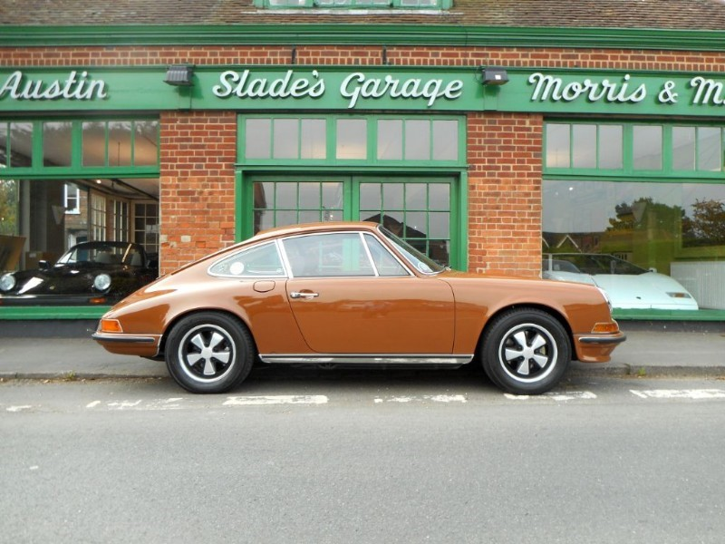 used Porsche 911 2.4 S LHD in penn-buckinghamshire