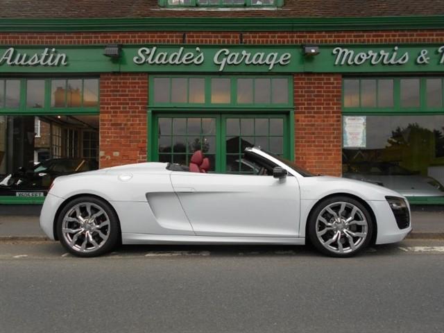used Audi R8 Spyder V10 Quattro in penn-buckinghamshire