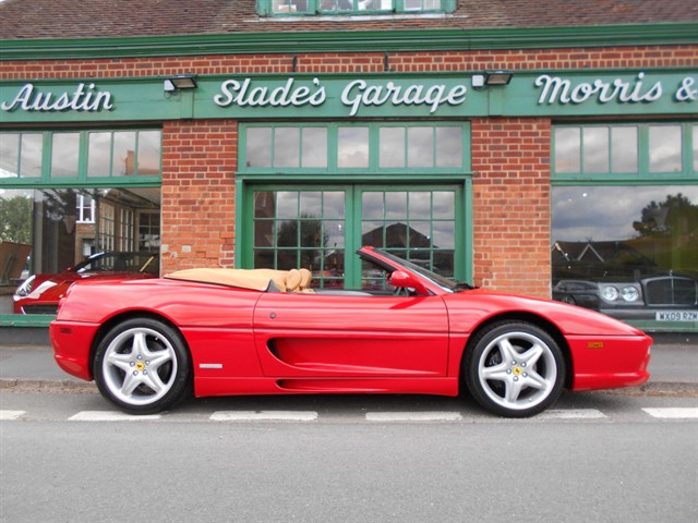 used Ferrari F355 Spider F1 LHD in penn-buckinghamshire