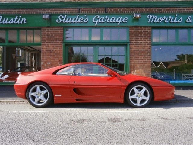 used Ferrari F355 GTB Berlinetta Manual RHD in penn-buckinghamshire