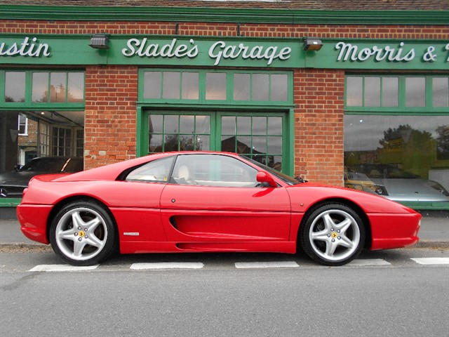 used Ferrari F355 GTB Berlinetta in penn-buckinghamshire
