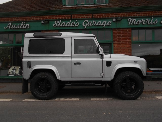 used Land Rover Defender 90 XS STATION WAGON in penn-buckinghamshire