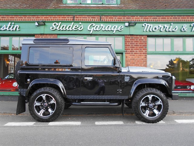 used Land Rover Defender 90 TD XS STATION WAGON in penn-buckinghamshire