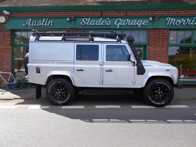 used Land Rover Defender 110 TD XS UTILITY WAGON in penn-buckinghamshire