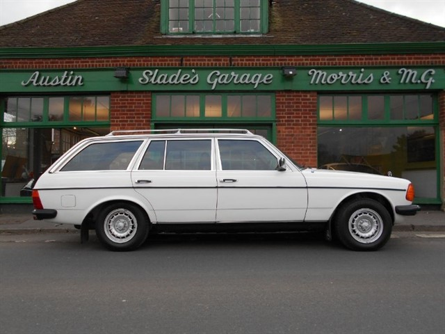 used Mercedes 280 TE Automatic Air Con Very Low Mileage in penn-buckinghamshire