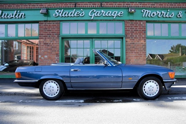 used Mercedes 300 SL R107 25,000 Miles 2 Owners in penn-buckinghamshire