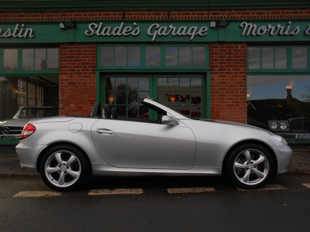 used Mercedes SLK350 V6 Automatic 40,000 miles FMBSH in penn-buckinghamshire