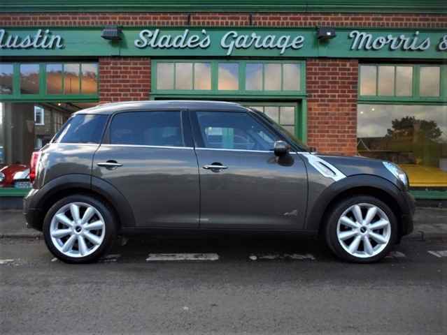 used MINI Countryman Cooper D ALL4 Automatic in penn-buckinghamshire