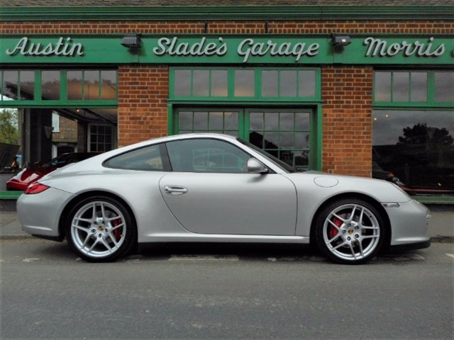 used Porsche 911 CARRERA 4S PDK in penn-buckinghamshire