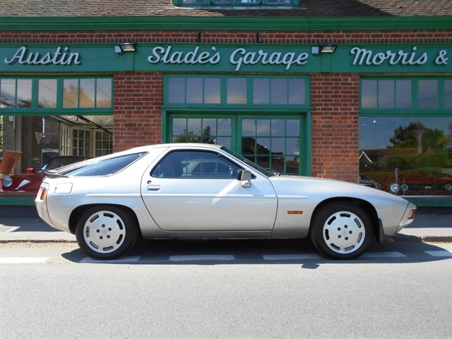 used Porsche 928 S Automatic in penn-buckinghamshire
