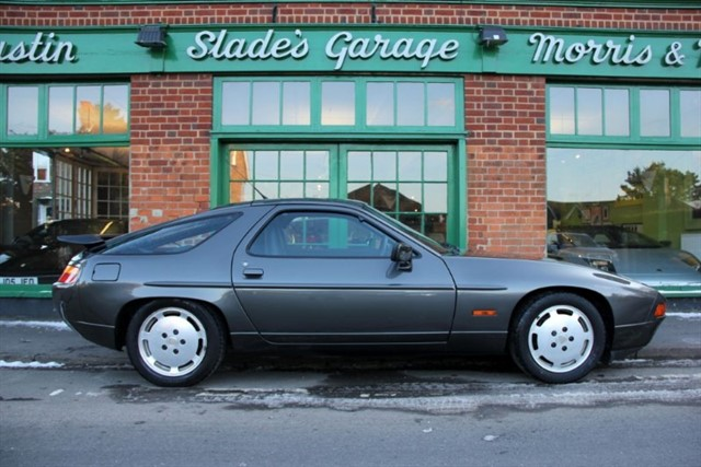 used Porsche 928 S4 Automatic in penn-buckinghamshire