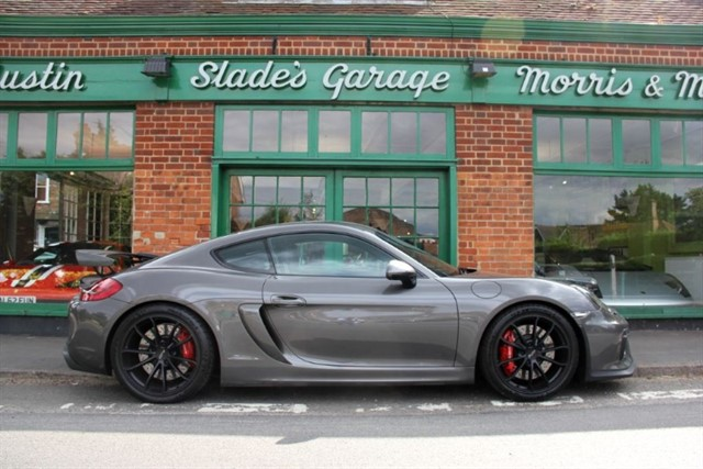 used Porsche Cayman GT4 in penn-buckinghamshire