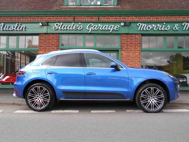 used Porsche Macan PDK �6,517 worth of options, 1,600 miles only in penn-buckinghamshire