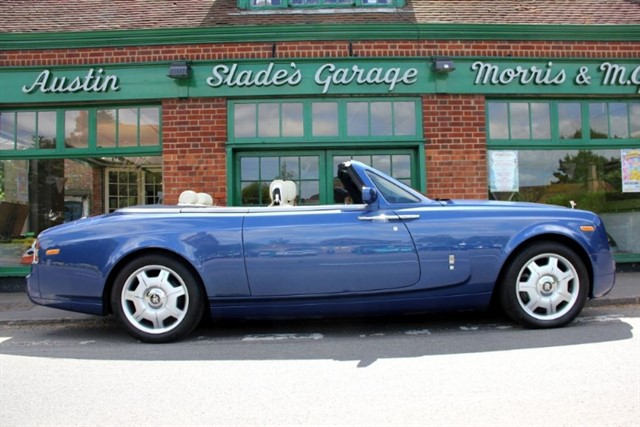 used Rolls-Royce Phantom Drophead Coup 2,000 Miles Only in penn-buckinghamshire