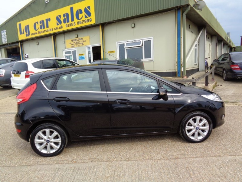 Car of the week - Ford Fiesta ZETEC 16V - Only £4,995