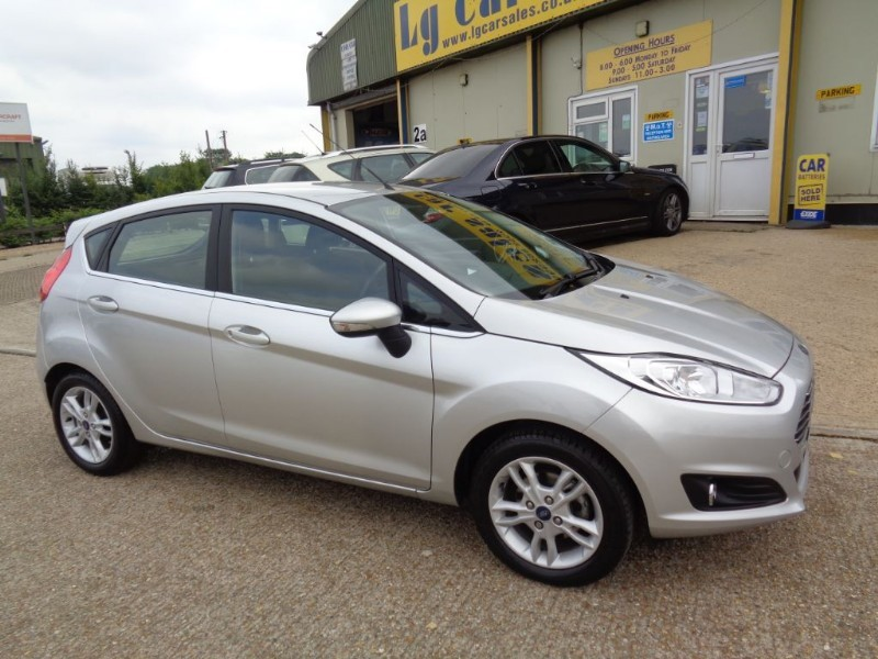 used Ford Fiesta ZETEC in ely-cambridgeshire