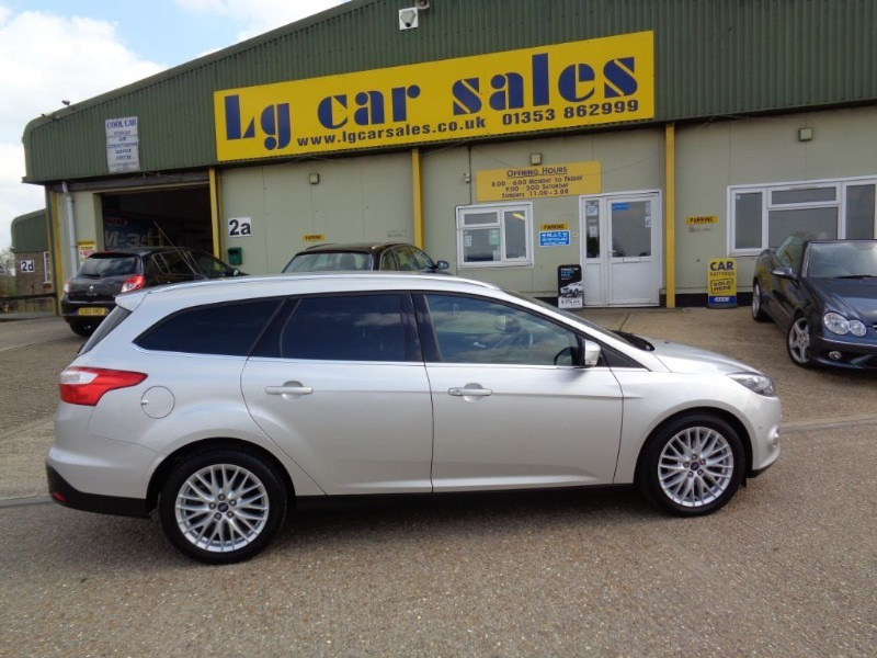 used Ford Focus ZETEC NAVIGATOR TDCI in ely-cambridgeshire