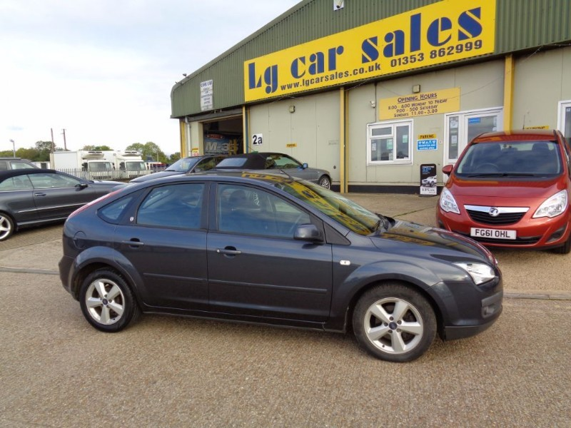 used Ford Focus GHIA 16V in ely-cambridgeshire