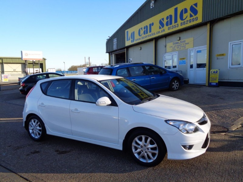 used Hyundai i30 COMFORT in ely-cambridgeshire