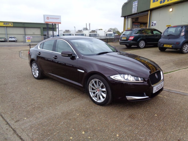 used Jaguar XF D V6 PREMIUM LUXURY in ely-cambridgeshire