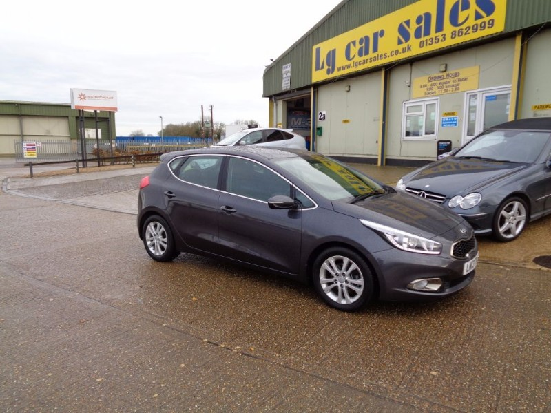used Kia Ceed 2 ECODYNAMICS CRDI in ely-cambridgeshire