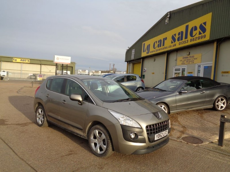 used Peugeot 3008 ACTIVE HDI FAP in ely-cambridgeshire