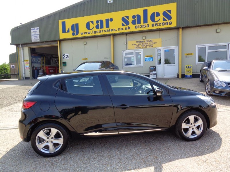 used Renault Clio DYNAMIQUE NAV 16V in ely-cambridgeshire
