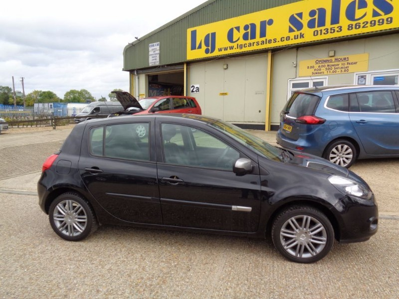 used Renault Clio DYNAMIQUE TOMTOM TCE in ely-cambridgeshire