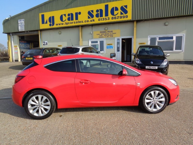 used Vauxhall Astra GTC SRI in ely-cambridgeshire