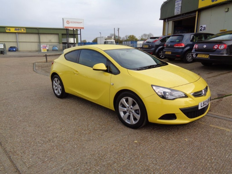 used Vauxhall Astra GTC SPORT S/S in ely-cambridgeshire
