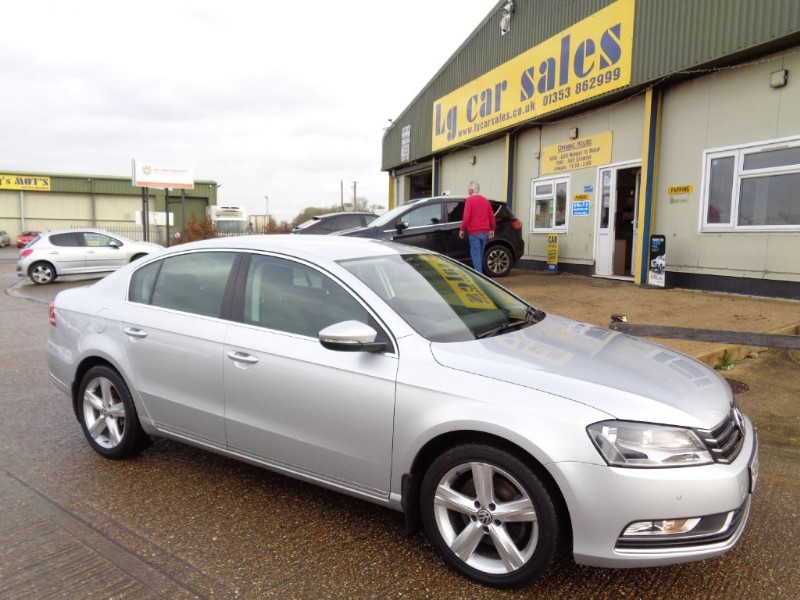 used VW Passat SE TDI BLUEMOTION TECHNOLOGY DSG in ely-cambridgeshire