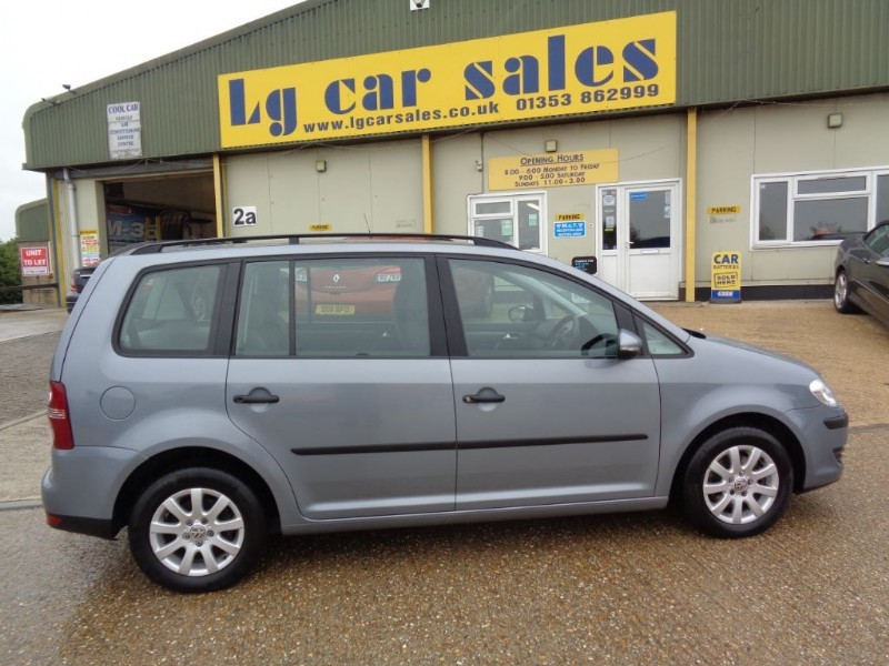 used VW Touran S TDI in ely-cambridgeshire