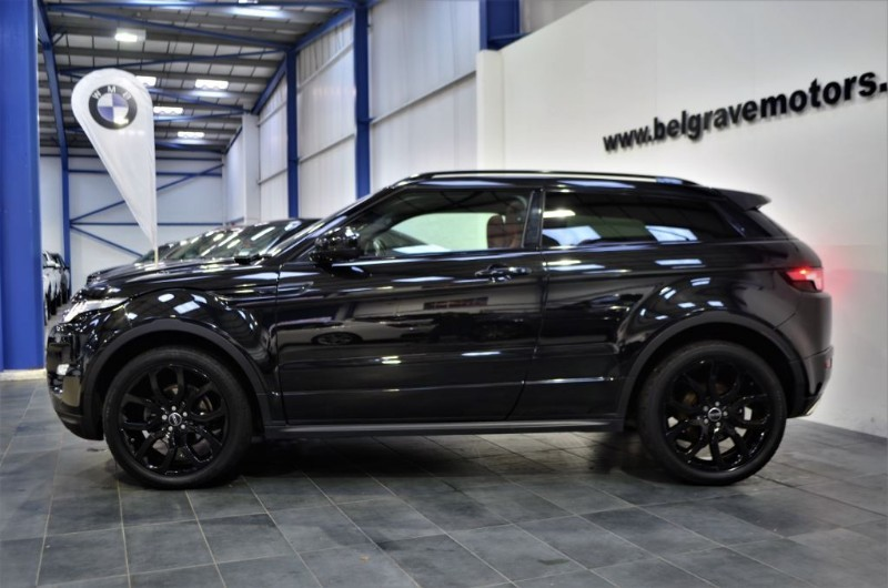 land rover range rover evoque sd4 dynamic plus pack bucket seats pan roof black pack 4x4 49 mpg. Black Bedroom Furniture Sets. Home Design Ideas