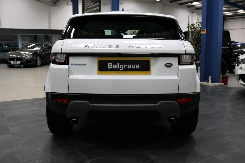 land rover range rover evoque ed4 se tech low mileage 5dr 65 mpg for sale in sheffield south. Black Bedroom Furniture Sets. Home Design Ideas