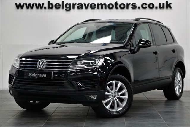 used VW Touareg V6 ESCAPE TDI BLUEMOTION TECHNOLOGY SAT NAV PRIVACY HEATED LEATHER 262 BHP 40+MPG in sheffield