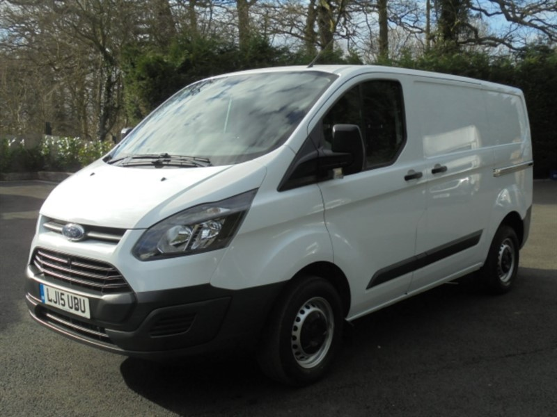used Ford Transit Custom 290 LR P/V WITH BLUETOOTH in chelmsford-essex