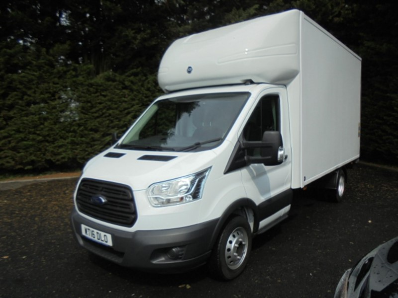 used Ford Transit 350 C/C DRW 125PSI WITH TAIL LIFT in chelmsford-essex