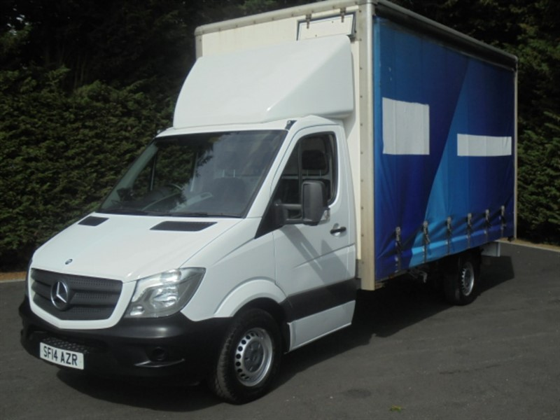 used Mercedes Sprinter 313 CDI LWB XTRA HIGH ROOF in chelmsford-essex