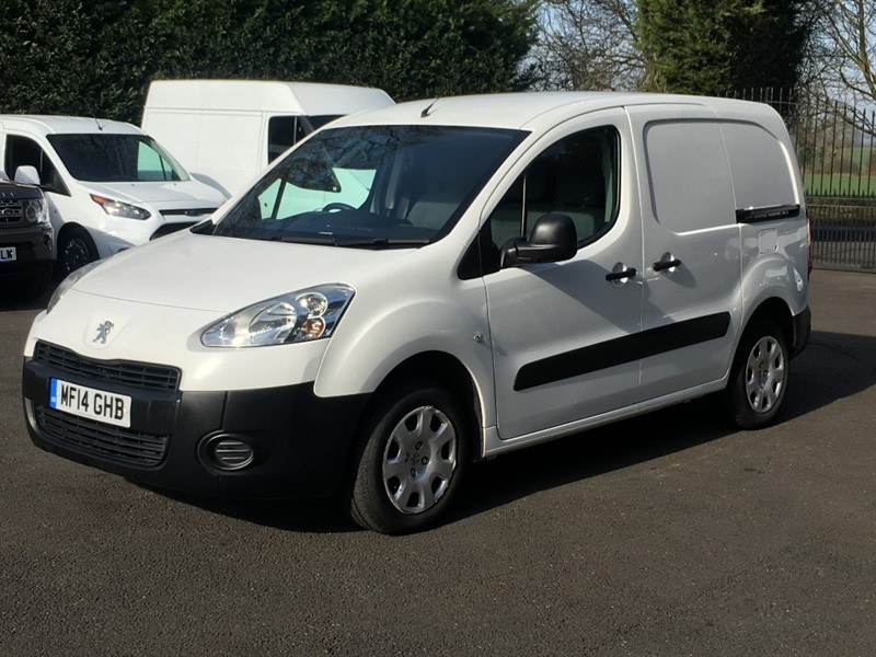 used Peugeot Partner HDI PROFESSIONAL L1 850 in chelmsford-essex