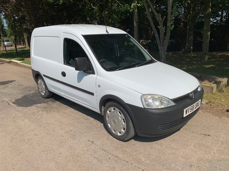 used Vauxhall Combo 2000 CDTI E4 in chelmsford-essex