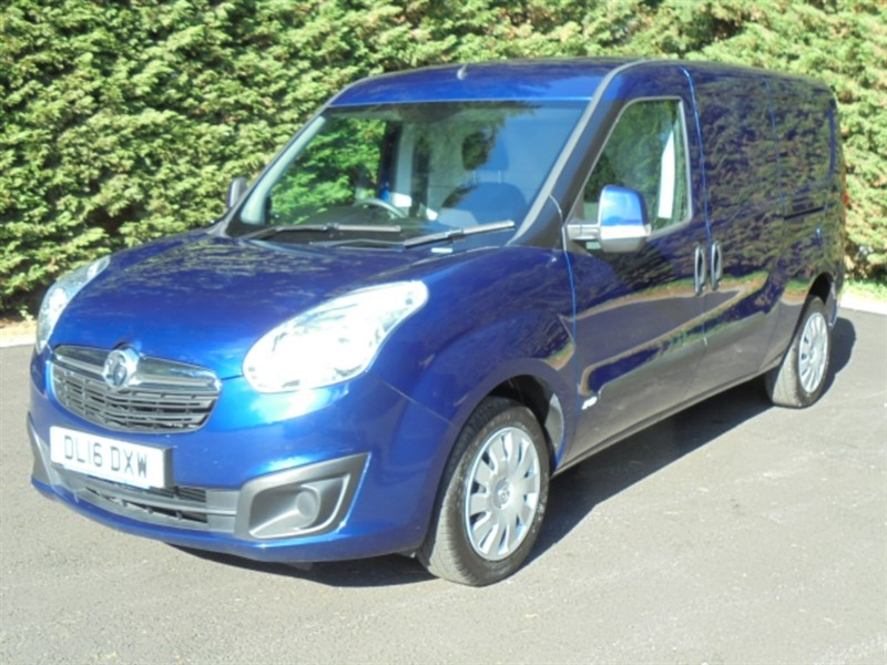 used Vauxhall Combo 2300 L2H1 CDTI SPORTIVE in chelmsford-essex